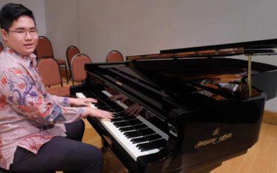 Jonathan Ingin Jadi Pianis Klasik Kelas Dunia